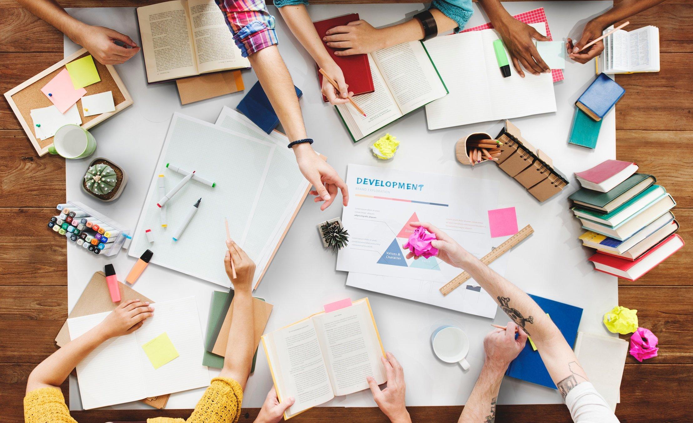 Digital portfolios via a learning management system help students stay organized.